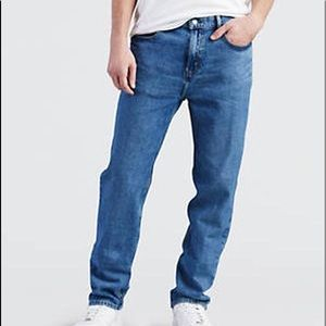 Levi's 541 tapered athletic fit sz 32